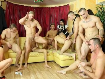 Смотреть голых мужиков